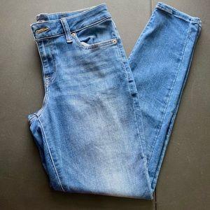 Lucky Brand medium wash skinny jeans SZ: 8/29
